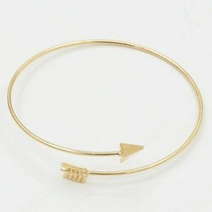 Jewelry - Golden Arrow Bracelet